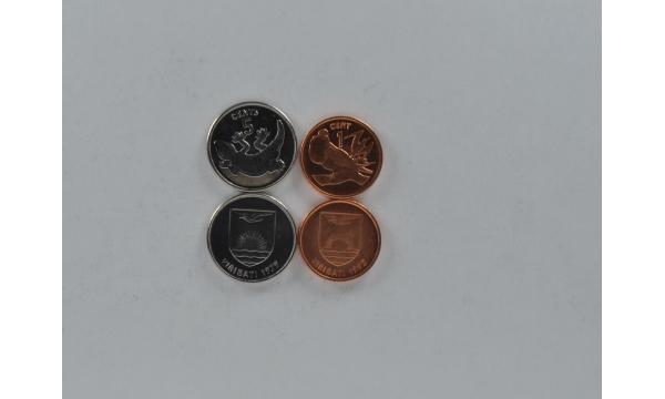 Kiribati 2 monetų rinkinys